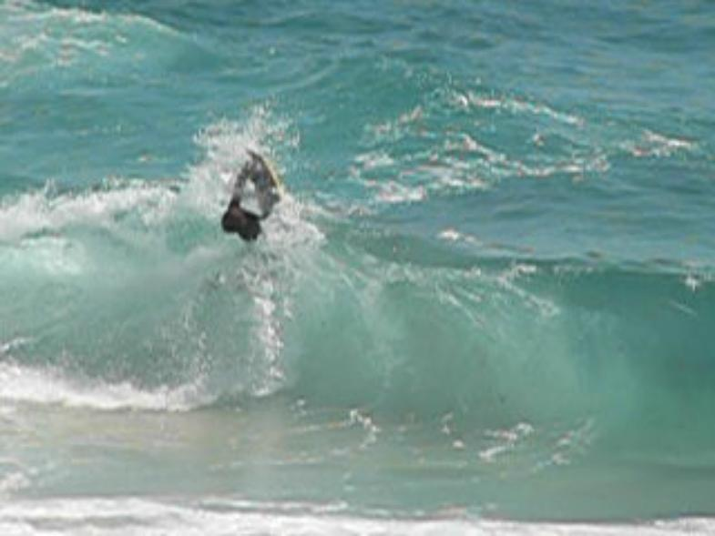Jordy going fot the Invert @ Dos Playa